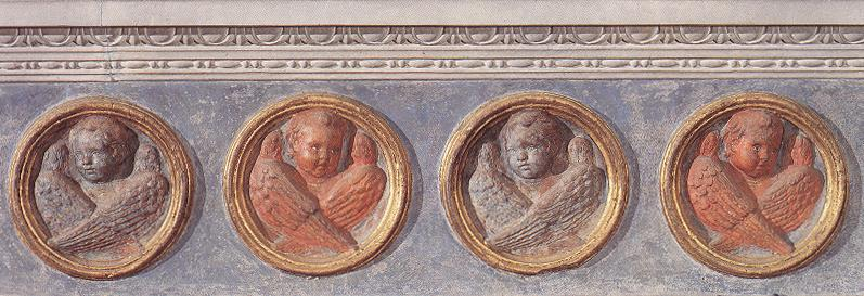 Putti of the trabeation