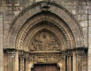 Tympanum and door lintel of the west portal
