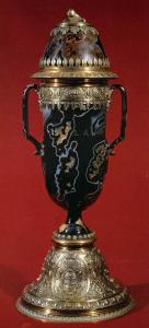 Antique Sardonyx Vase with Lid and Mount in Gilt Silver