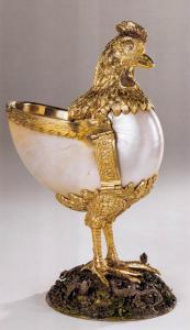 Nautilus Cup in the Form of a Chicken