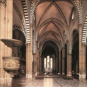 View along the nave to the Tornabuoni Chapel